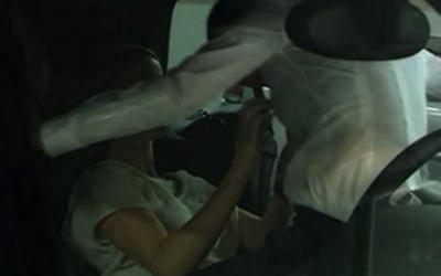 59  –  Alice en Tasha doen het in de auto nadat ze bij relatie therapeut Dan Foxworthy zijn geweest